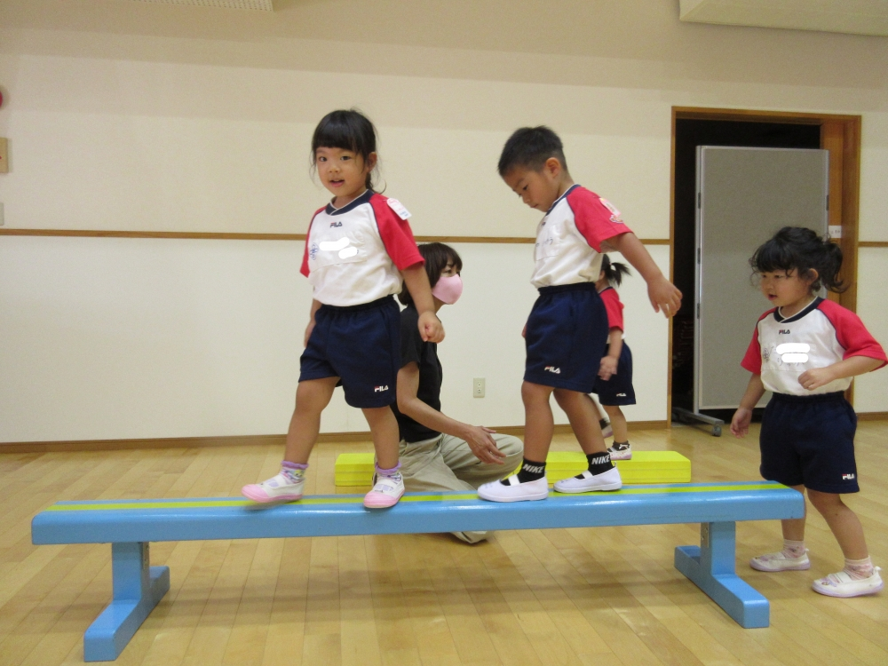 年少組運動遊び